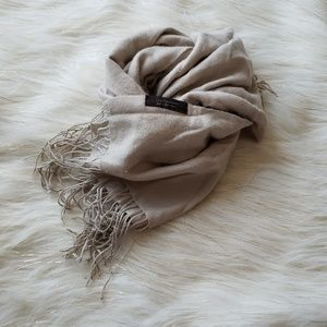 Pure Collection | 100% Cashmere Scarf / Wrap
